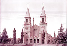 Bloemfontein. Twin tower church.
