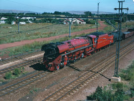 Pretoria district. SAR Class 26 No 3450 'Red Devil' entering Rayton station. [Jan Hoek]