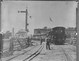 Cape Town. Dual gauge between the Castle and Fort Knokke. SEE P1578.
