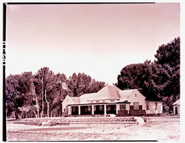 Paarl, 1939. Golf clubhouse.