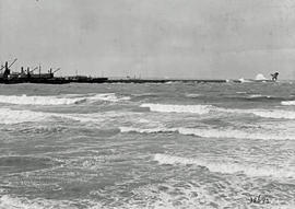 Port Elizabeth, 1927. Breakwater.