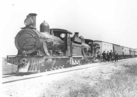 Zastron district, 1922. Farmers' train near Bushman's Kop.