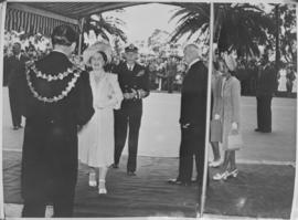 Queen Elizabeth and King George VI arriving for a function