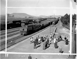 Vryheid, 1946. Station yard with platform in the foreground.
