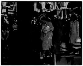 Paarl, 19 February 1947. Royal Family preparing to leave.