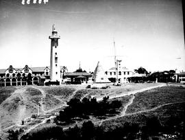 Port Elizabeth, 1936. Donkin reserve and lighthouse.