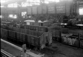 Pietermaritzburg, 1936. Interior of mechanical workshop showing SAR type DZ-4 No 13066 and SAR ty...