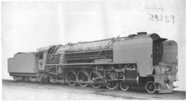 SAR Class 15F No 2929 built by North British Loco Co in 1938. Engine fitted with steam brakes.