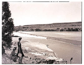 """Aliwal North, 1946. Weir in the Orange River."""