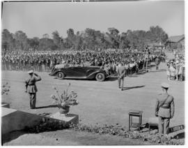 Alice, 1 March 1947. Royal family arriving at the gathering at Lovedale College.