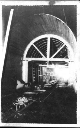 Hex River, 1926. Construction of tunnel.