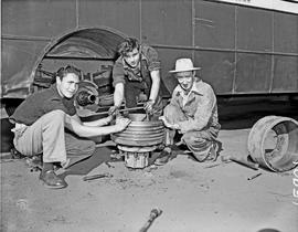 Vryheid, 1957. SAR mechanics at work.