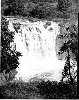 """Nelspruit district, 1953. Montrose waterfall."""