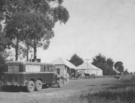 Vryheid district, 1937. SAR bus no 555 at Babanango.
