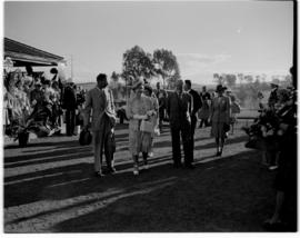Frere, 17 March 1947. Royal family with Prime Minister JC Smuts.