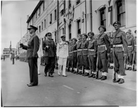 Port Elizabeth, 26 February 1947. King George VI inspects the guard of honour.