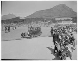 Stellenbosch, 20 February 1947. Royal family touring Coetzenburg.