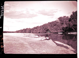 """Kimberley district, 1924. Vaal River."""