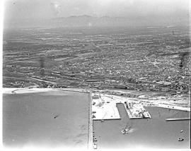 """Cape Town, 1946. Aerial view of Sturrock dock in Table Bay harbour."""