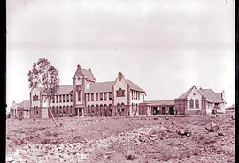 Bloemfontein. Building at Grey College.