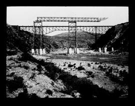 Gouritz River bridge under construction.