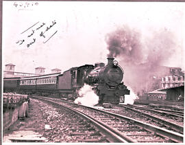 Johannesburg, 1935. SAR Class 16C with Union Limited leaving Park station.