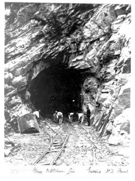 George district, circa 1912. Construction of No 2 tunnel in Montagy Pass.