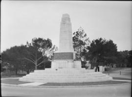 Port Elizabeth, 1930. War Memorial, unveiled in November 1929.