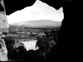 Caledon district, 1928. View through Venster Rock.