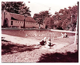 Paarl, 1939. Municipal swimming pool.