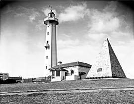 Port Elizabeth, 1952. Donkin memorial and lighthouse.