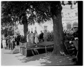 Paarl, 20 February 1947. Royal party on dais.