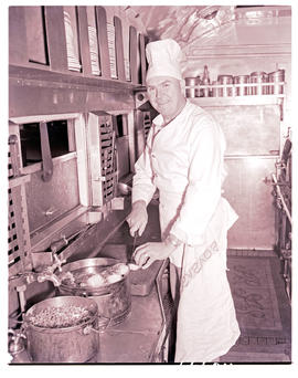 """1957. Blue Train chef."""