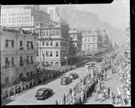 Cape Town, 17 February 1947. Royal cavalcade in Adderley Street.