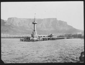 Cape Town. Pier and Table Mountain.