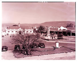 """Uitenhage, 1947. Market Square viewed from the Town Hall."""