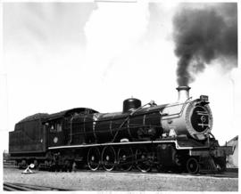 De Aar. SAR Class 15A No 1970 'Milly'. Mr Watson's favourite locomotive. (HL Pivnic)
