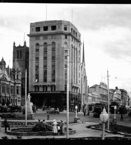 Port Elizabeth, 1934. City Hall Square.
