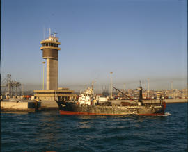 Port Elizabeth, 1983. Control tower at Port Elizabeth Harbour. [T Robberts]