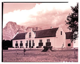 Paarl district, 1939. Boschendal farmhouse at Groot Drakenstein.