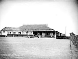 Port Elizabeth, 1929. Golf clubhouse.