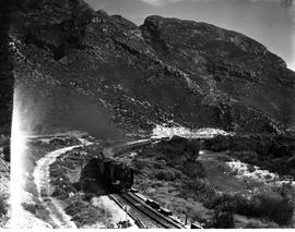 De Doorns, 1952. SAR Class 15F with Blue Train in the Hex River valley.