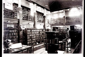 Natal, 1933. Interior of library.