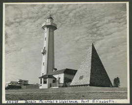 Port Elizabeth, 1950. Donkin Memorial and lighthouse.