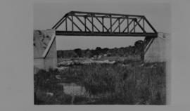 Page 01 (bottom). 1912. Sneiff Spruit bridge with one 100 foot span.