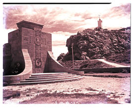 Mossel Bay, 1949. War memorial and Cape St Blaize lighthouse.