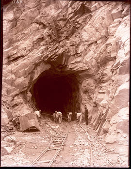 George district, circa 1912. Construction of No 2 tunnel in Montagu Pass.